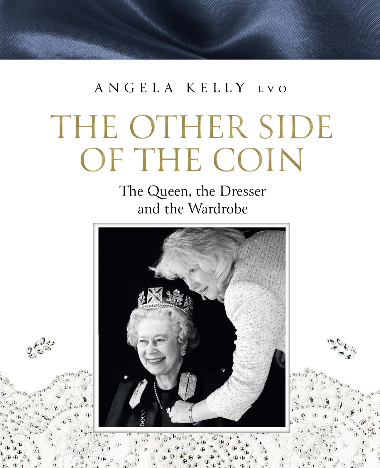Купить книгу The Other Side of the Coin: The Queen, the Dresser and the Wardrobe, автора Angela Kelly